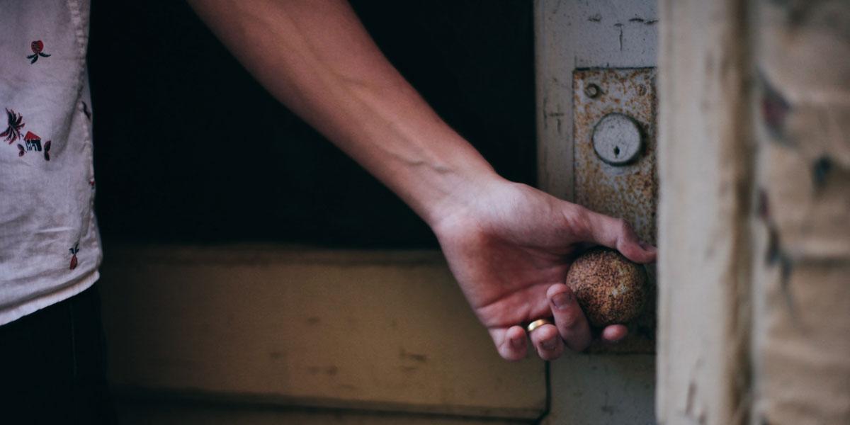 Schutz vor Einbrüchen, Teil 1: Das sollte eine sichere Haustür können