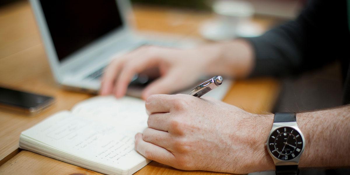 Der richtige Fertighausanbieter: Mit diesen Tipps werden Sie ihn finden